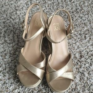 Gold wedge sandals size 6